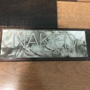 """Naked pallet by Urban Decay """"Smoky"""""""